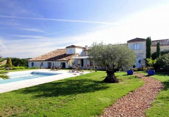 6 bedroom Villa for rent in Bergerac