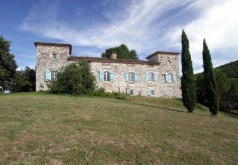 10 bedroom Chateau for rent in Villeneuve Sur Lot