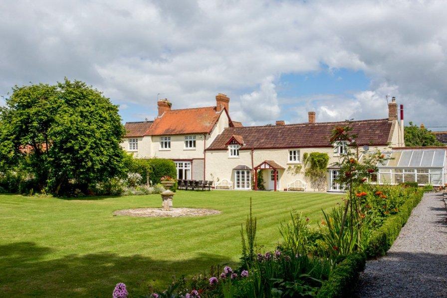Polden Hills House & Cottage