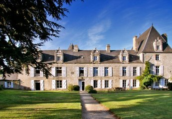Chateau in France, Zone Urbaine
