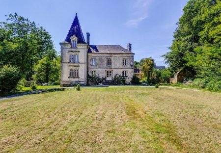 Villa in Lignol, France