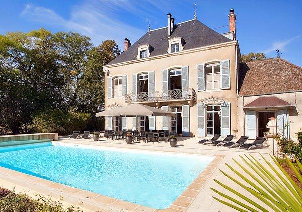 Chateau in France, Lans: KASTELIADESChateaux de Lans et de Mercurey