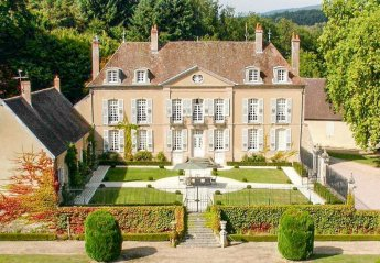 Chateau in France, Millay