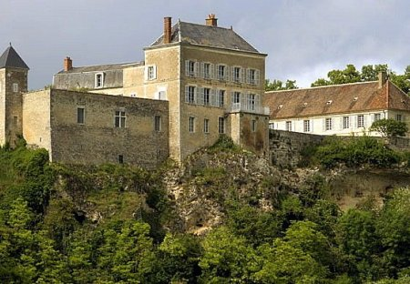 Chateau in Mailly-le-Château, France
