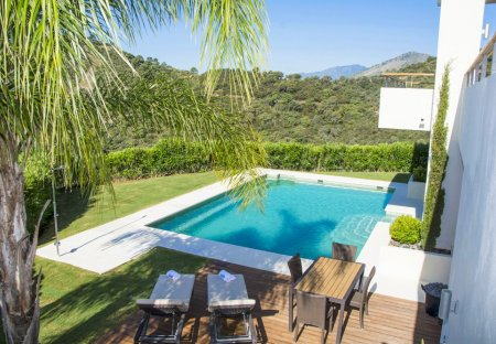 Villa in Los Arqueros Golf & Country Club, Spain