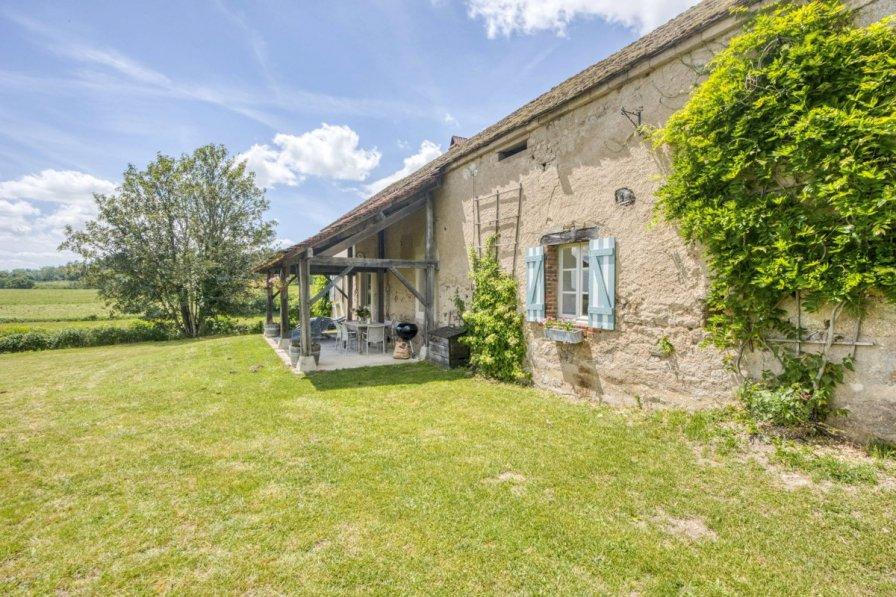 Villa in France, Millay