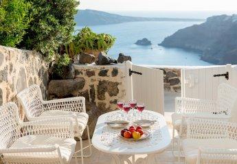 3 bedroom Villa for rent in Oia