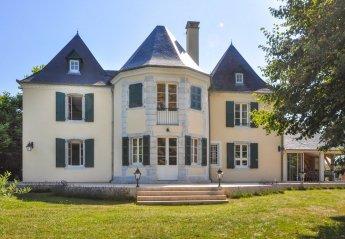 Villa in France, Araujuzon