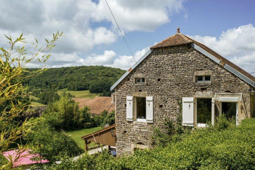 Villa in France, Frôlois
