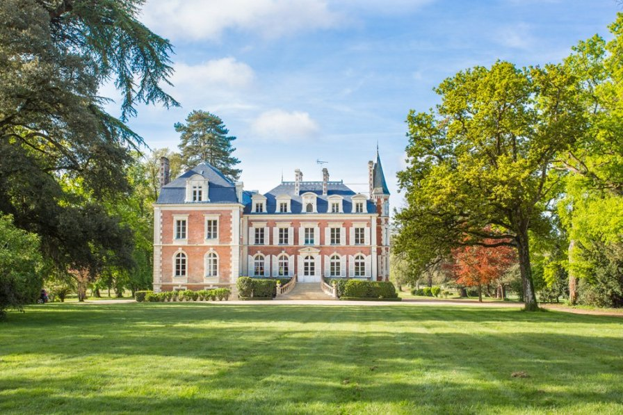 Chateau in France, Candé
