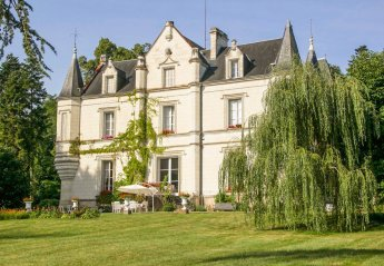 7 bedroom Chateau for rent in Indre-et-Loire