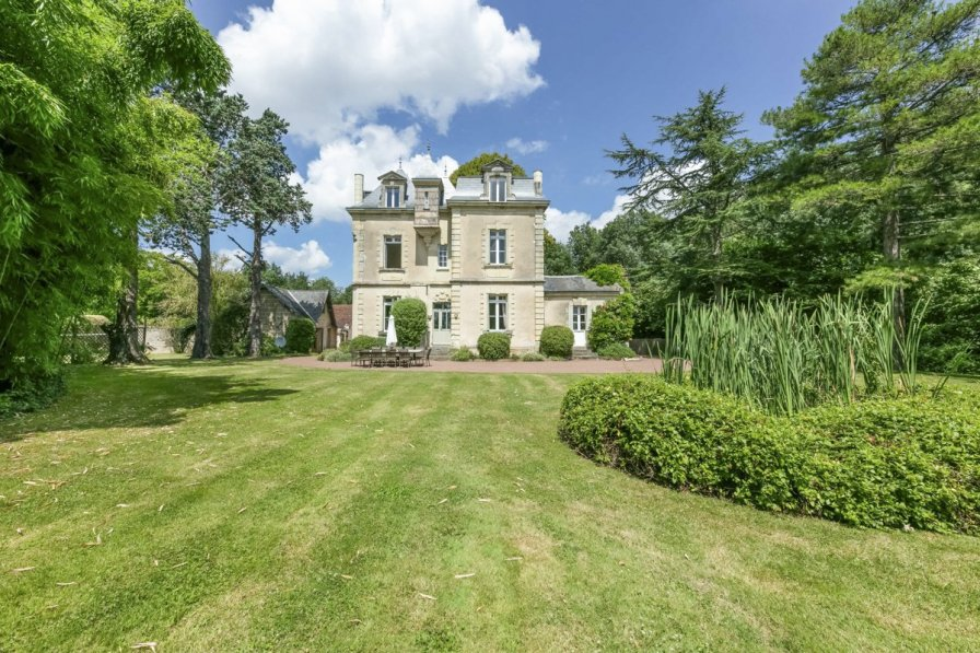 Chateau in France, Sud-Ouest