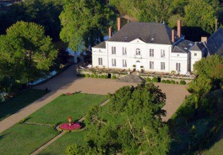 Chateau in Saint-Clément-de-la-Place, France