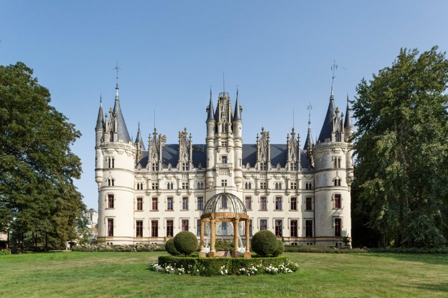 Chateau in France, Challain-la-Potherie
