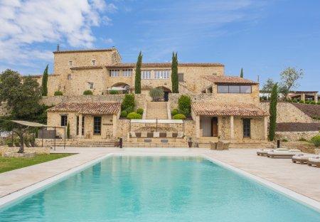 Villa in Saint-Privat-des-Vieux, the South of France