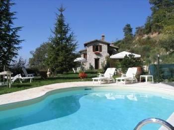 Villa in Italy, Gubbio Area: Picture 1
