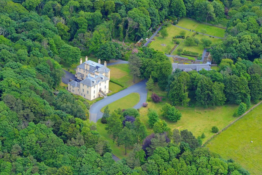 Chateau in United Kingdom, Dundonald and Loans
