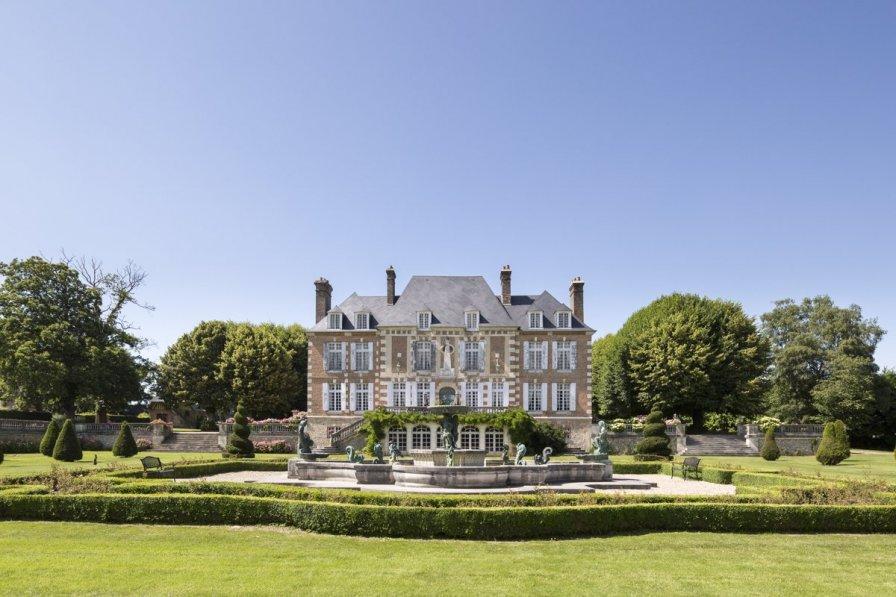 Chateau in France, Saint-Maclou