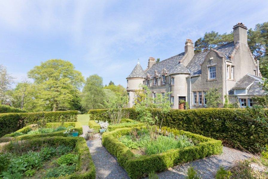 Loch Lomond Manor
