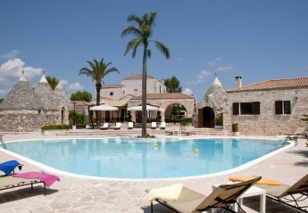 6 bedroom Villa for rent in Ceglie Messapica