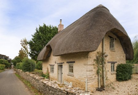Cottage in Rodmarton, England