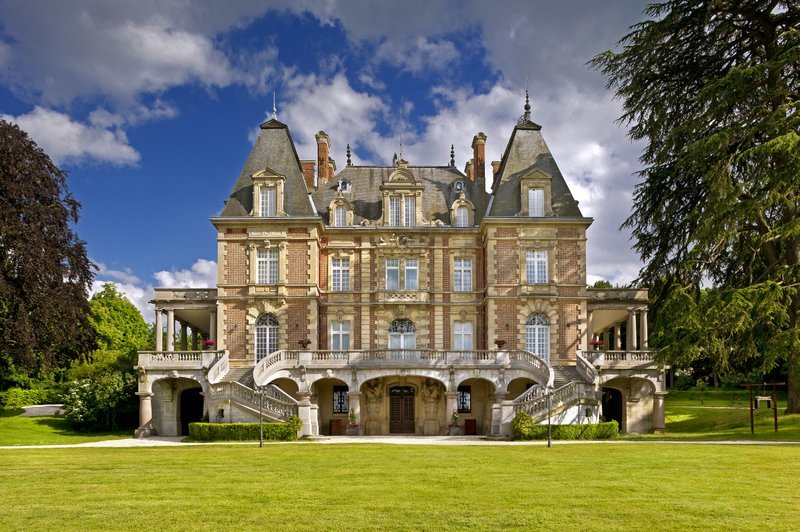 Chateau in France, Attainville
