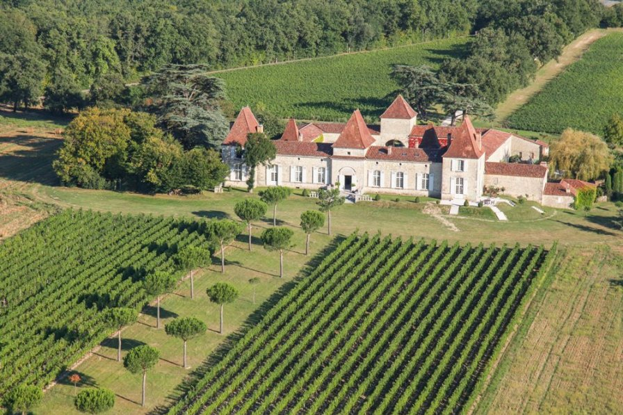 Chateau in France, Espiens