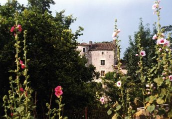 Chateau in France, Bagat-en-Quercy