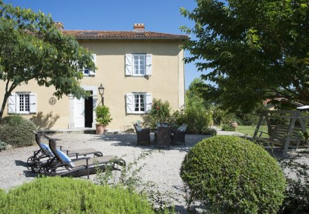 Villa in Lalanne-Trie, the South of France