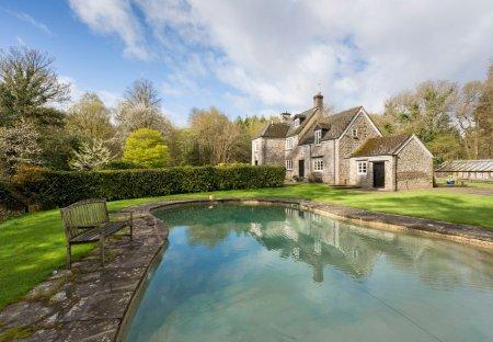 Cottage in West Dean, England