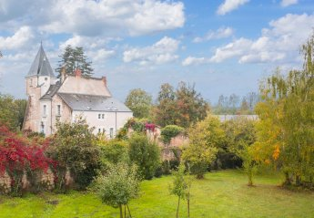 5 bedroom Chateau for rent in Indre-et-Loire