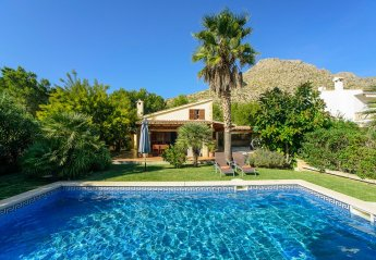 2 bedroom Villa for rent in Puerto Pollensa