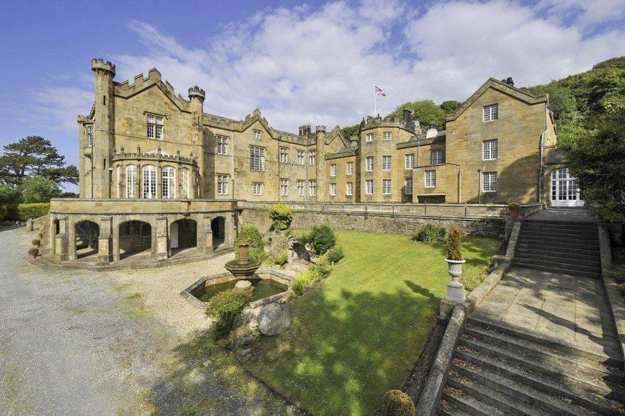 Chateau in United Kingdom, Llanasa