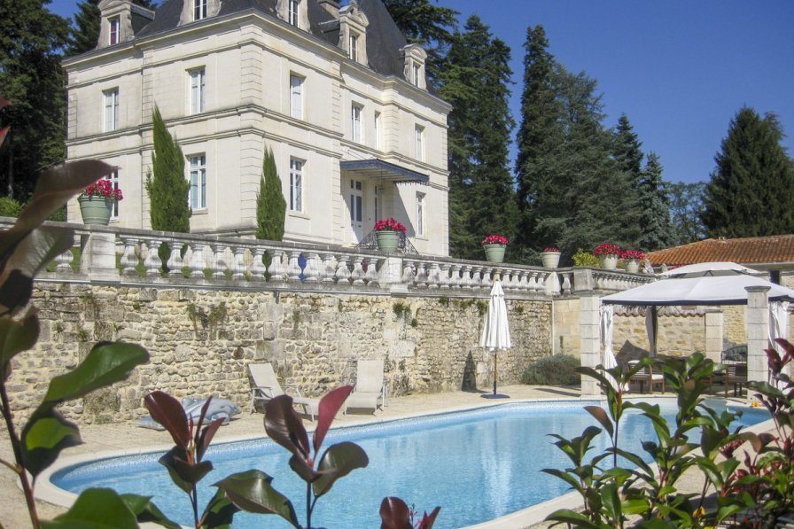 Chateau in France, Dignac