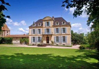 Chateau in France, La Pacaudière