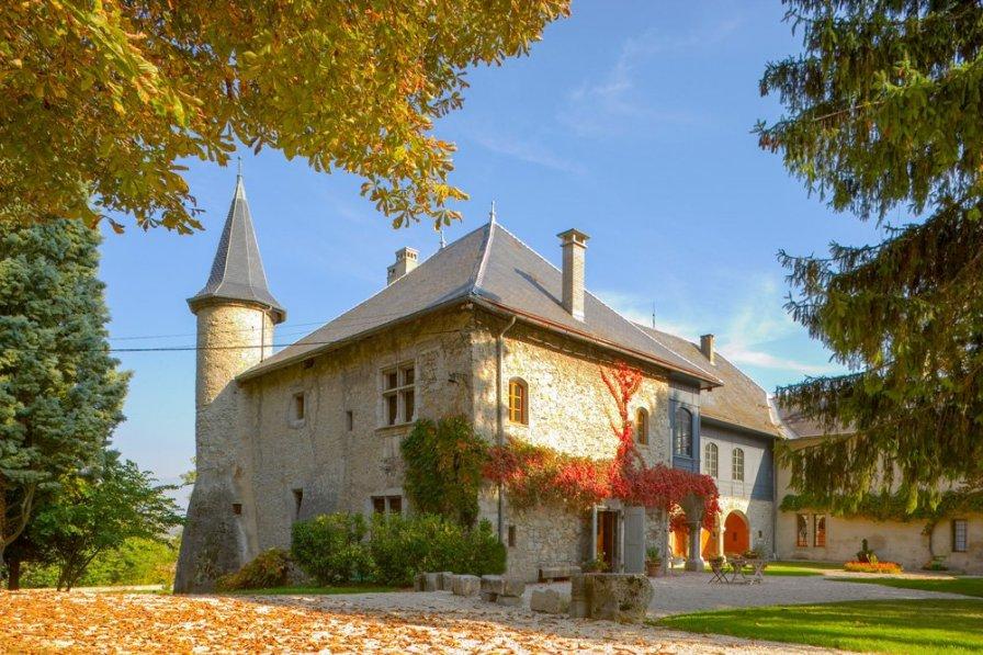 Chateau Ste Genevieve