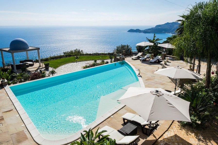Villa in Italy, Letojanni