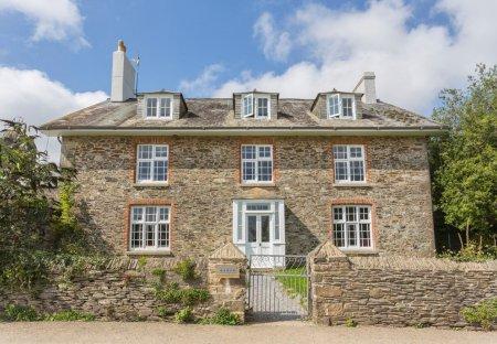 Cottage in Staverton, England