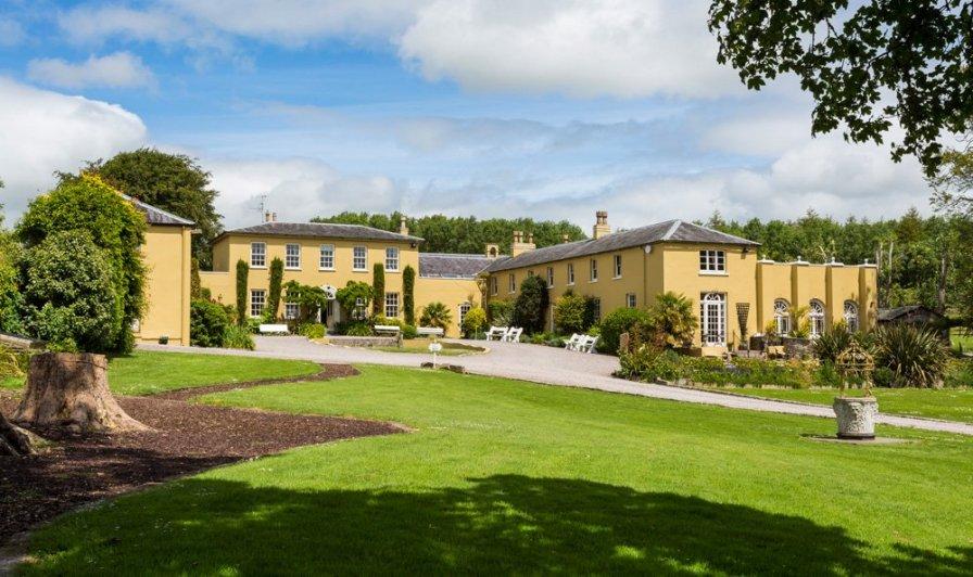 Georgian Mansion Estate