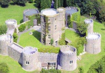 Chateau in United Kingdom, Somerset