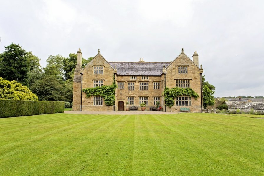 Jacobean Manor