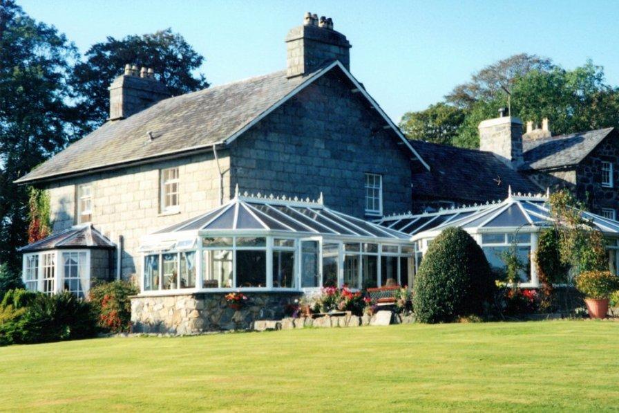 Gwynedd House