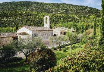 8 bedroom Villa for rent in Umbertide