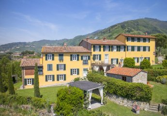 18 bedroom Villa for rent in Lucca
