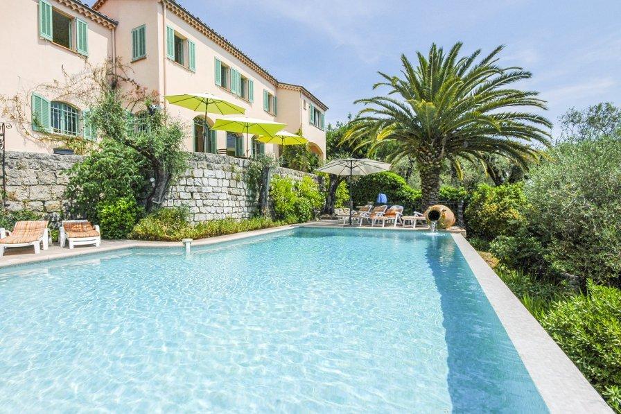 Villa in France, Saint-Jean-Saint-Christophe