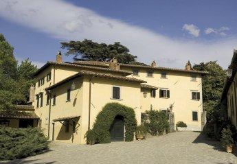 8 bedroom Villa for rent in Vicchio