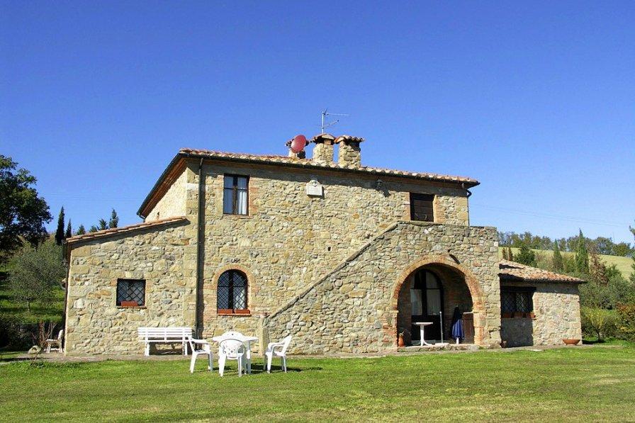Villa in Italy, Radicofani: KONICA MINOLTA DIGITAL CAMERA