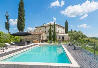 9 bedroom Villa for rent in Radicofani