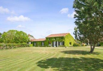 Villa in France, Queyrac