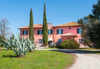 7 bedroom Villa for rent in Orbetello